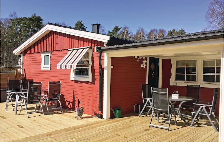 Holiday cottage with 2 bedrooms on 52m² in Skummeslövsstrand