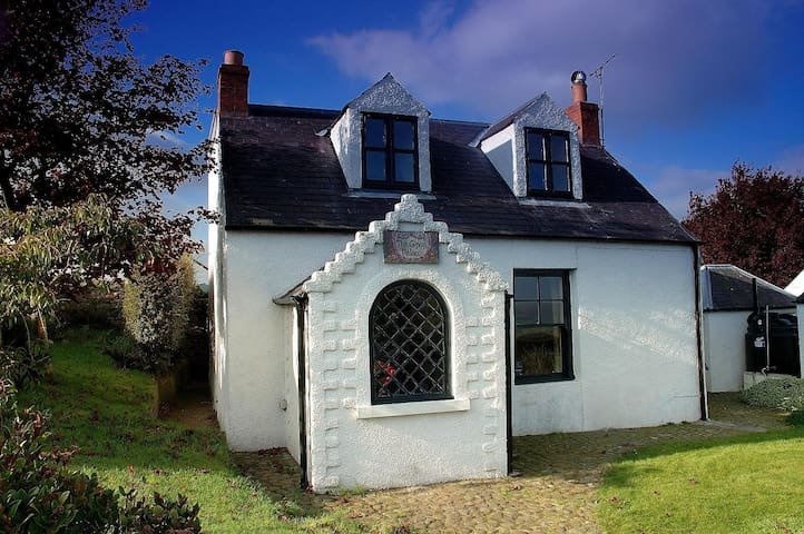 Unique and Historic Cottage in Scottish Borders