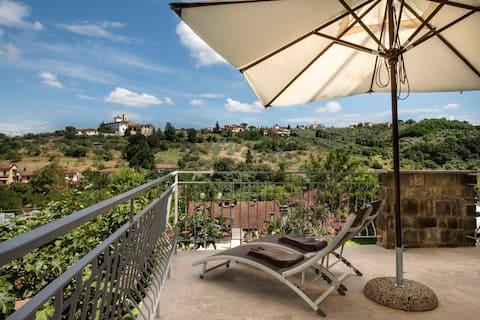Апартаменты Dame di Toscana-EleonoraApt с террасой
