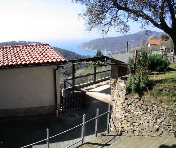 House with sea view, near 5 terre - Moneglia - Rumah