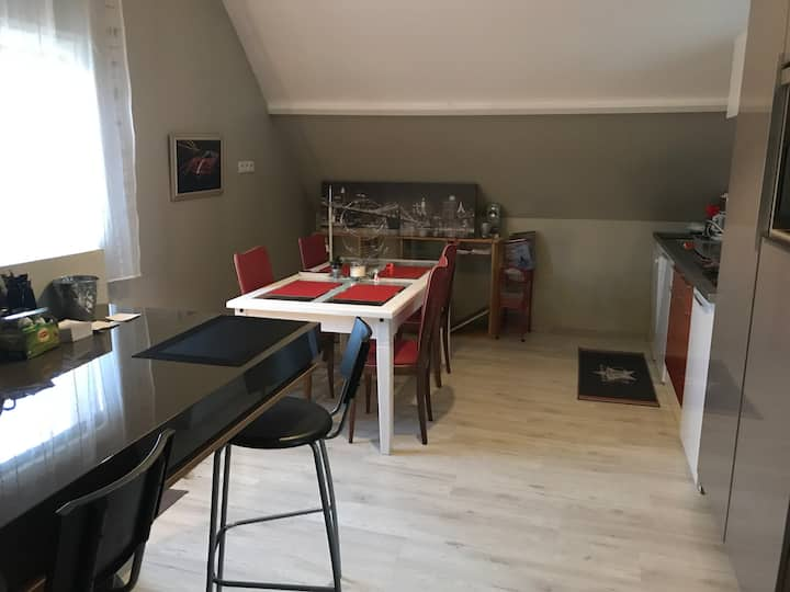 Charmant Appartement  à la Vaupaliere