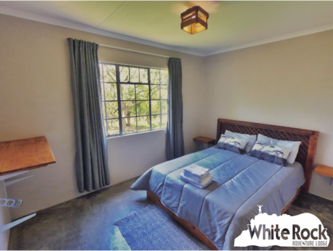 White rock self-catering double room. Unit 3