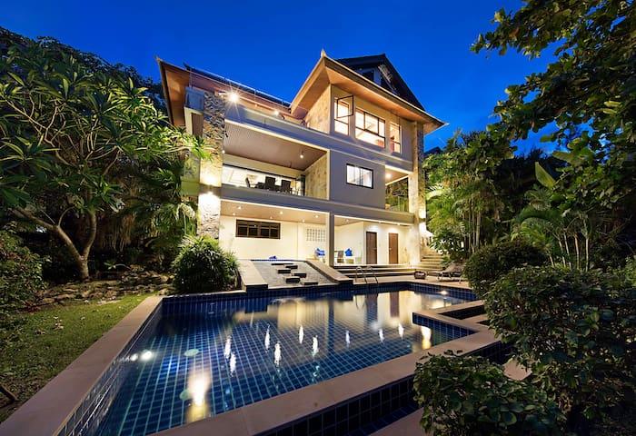 Villa 9 - 3 Bed Sea View Villa
