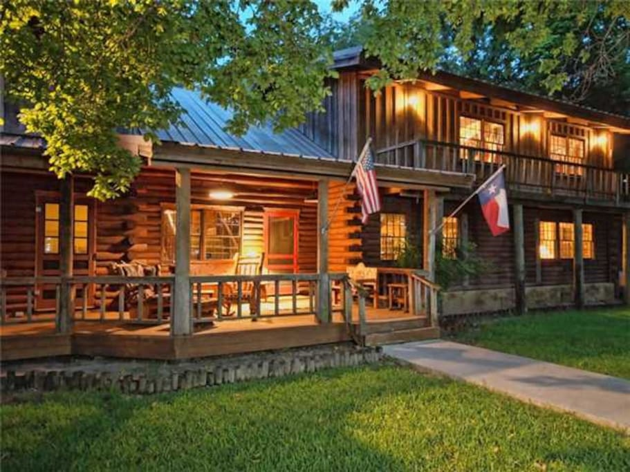 Mill Race Lodge -- A private, 2 acre estate on Cypress Creek.