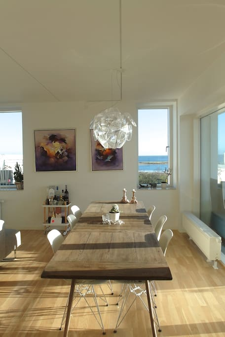 Dining area with space for 10 pax + ocean view