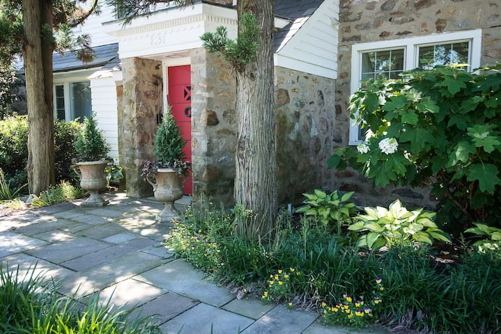 Luxurious Home on Organic Farm - Allentown - Hus
