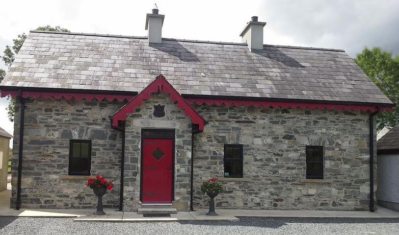 Muckno Lodge Self Catering - Castleblayney - Hus