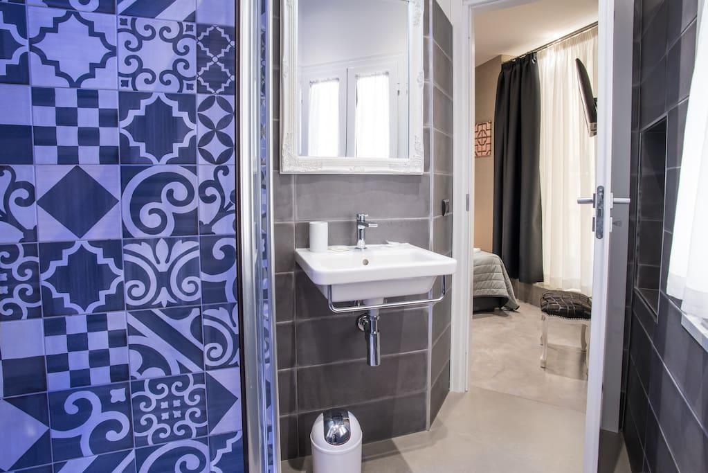 cromoterapia in ogni bagno