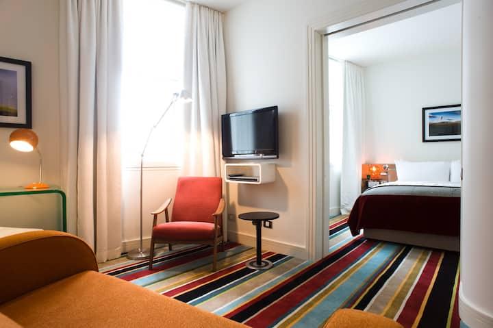 Hotel DeBrett Auckland