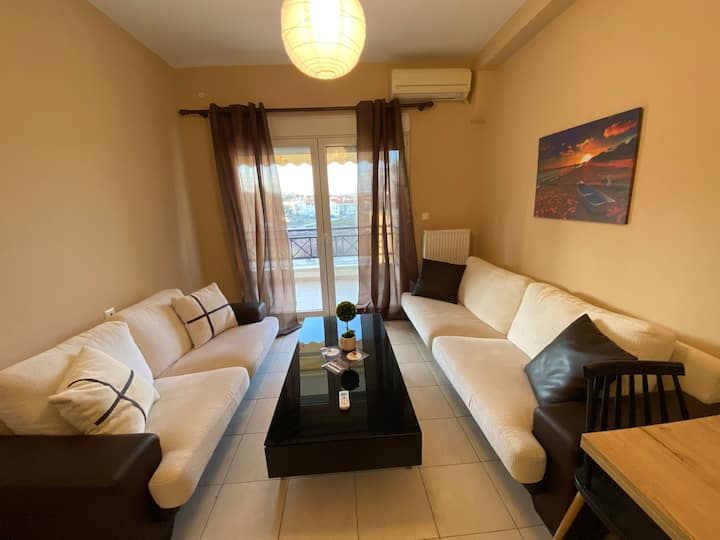 Comfortable apartment with free meal in Alex/poli