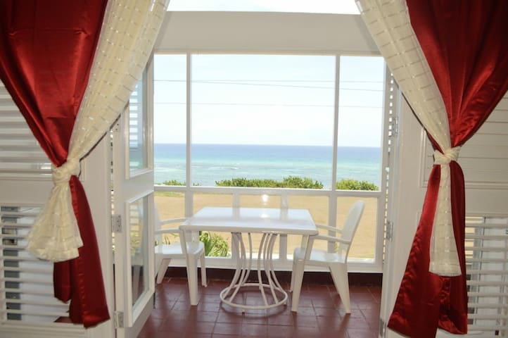 Montego Bay Cozy Oceanview Condo