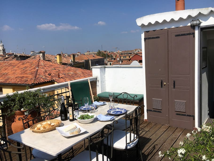 Roof Terrace reverse angle