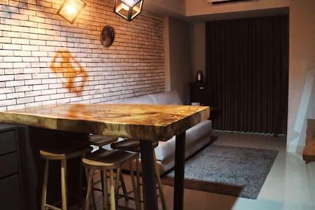 新装修舒适的两居室公寓