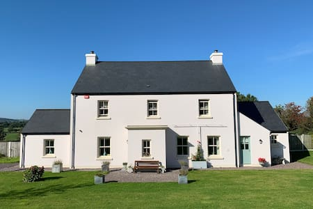 Clonakilty accommodation luxury studio 1-3 adults