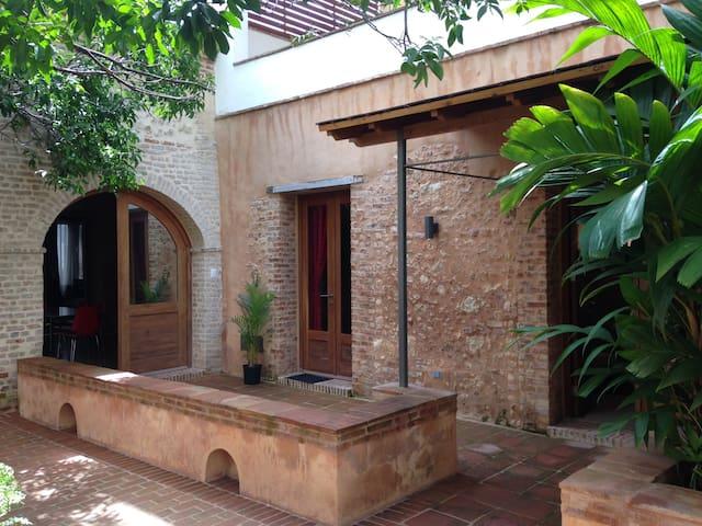 Eden in the Zona Coloniale - Santo Domingo - Daire