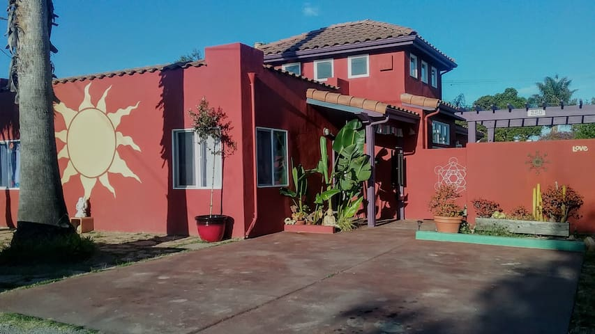 That Sun House - Santa Cruz - Rumah