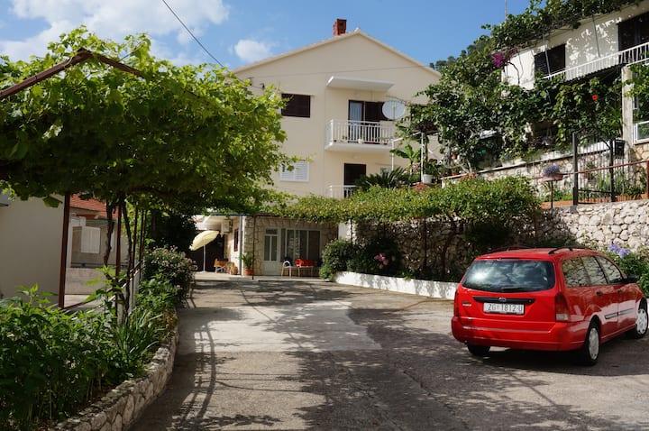 Rooms & Apartments Tepša Centre - A1