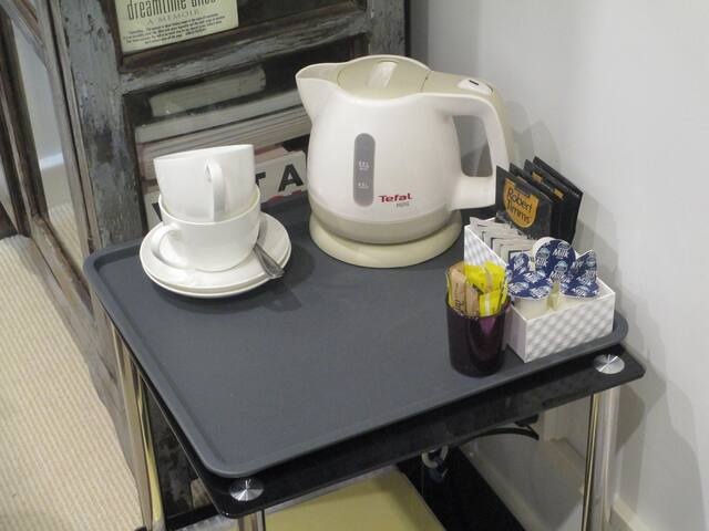 Tea/coffee-making facilities in room