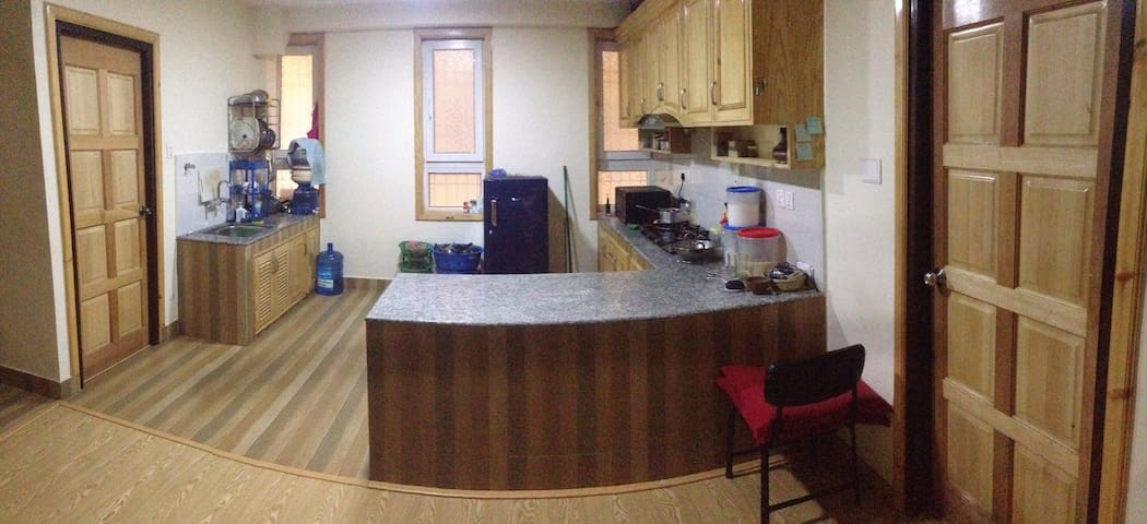 Flat with 2 bedrooms in monkey temple