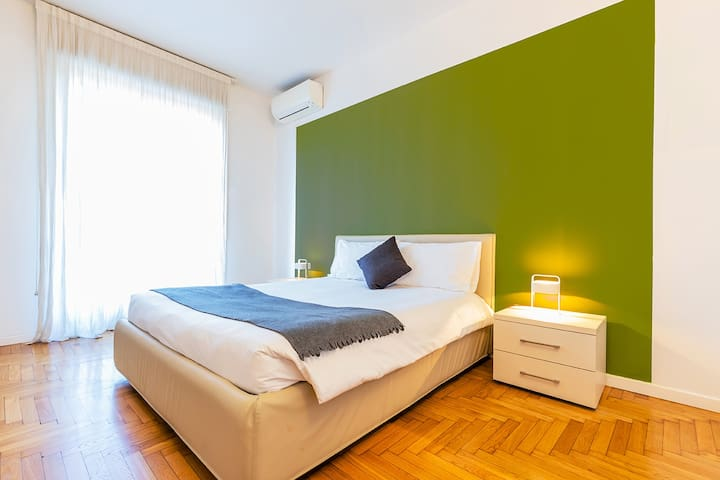 Luxury  2 bedrooms center city