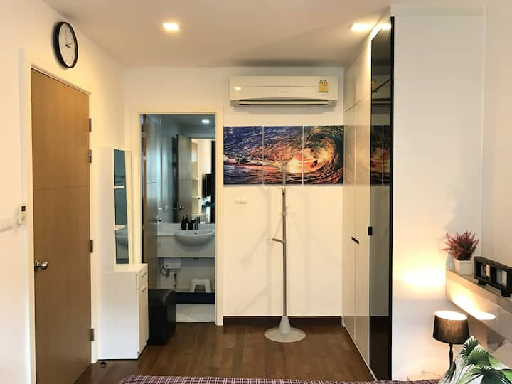 HUA HIN KHAO TAKIAB BEACH COZY 1 BR (NEAR BEACH)