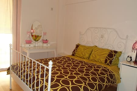 Two bedroom apartment in Athens - Moschato