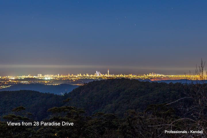 Paradise On Tamborine Mountain - Eagle Heights - 一軒家
