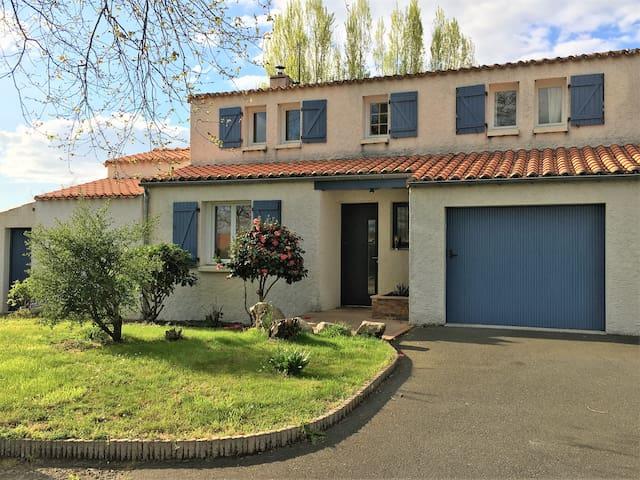 Grande maison proche Nantes Clisson - Vallet - Casa