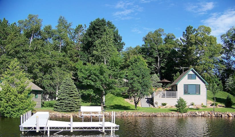 Beautiful Modern Lake Cabin - Two Harbors - Cabaña
