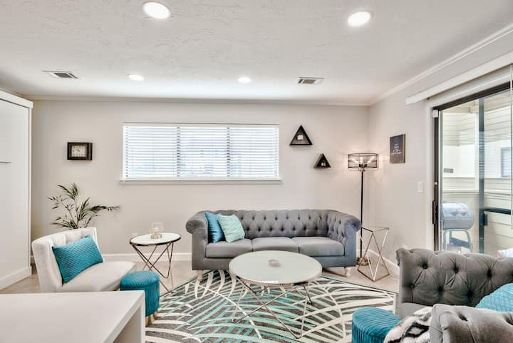 MODERN renovated ground floor Miramar Beach Condo