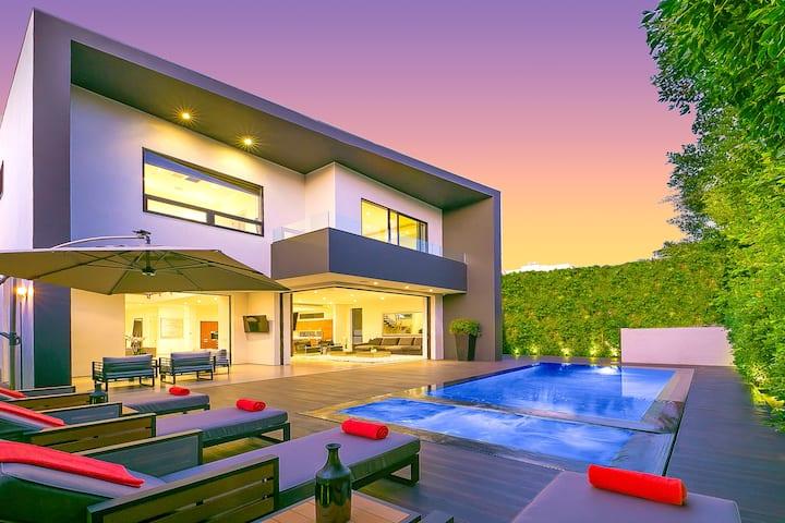 The 5th Villa