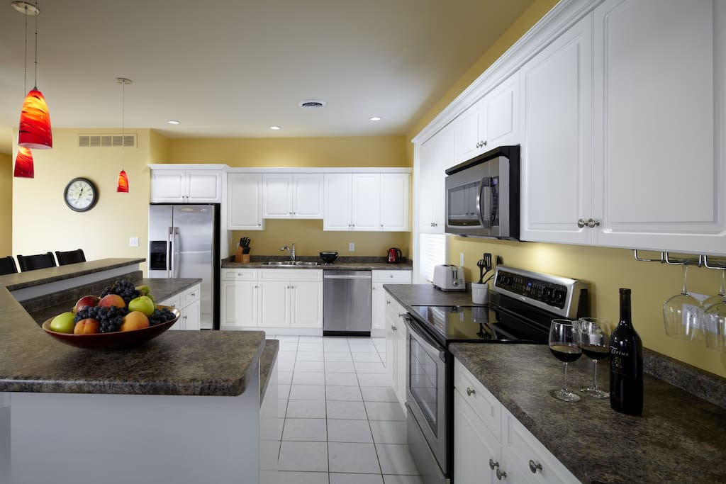 Modern fully equipped kitchen with Island