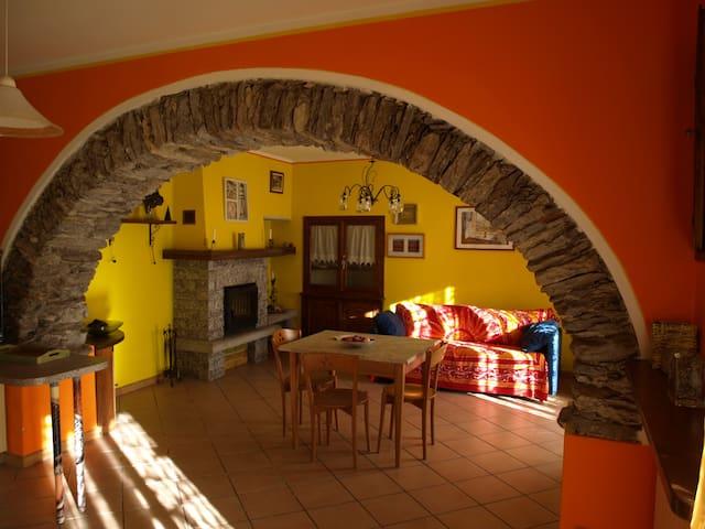 casa Olmo - Vezzo - Talo