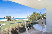 Spindrift 1 - Absolute Beachfront & Ground Floor