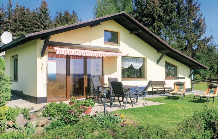 Holiday cottage with 1 bedroom on 60m² in Mehltheuer