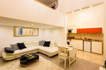 City center Hideaway modern stylish apartment