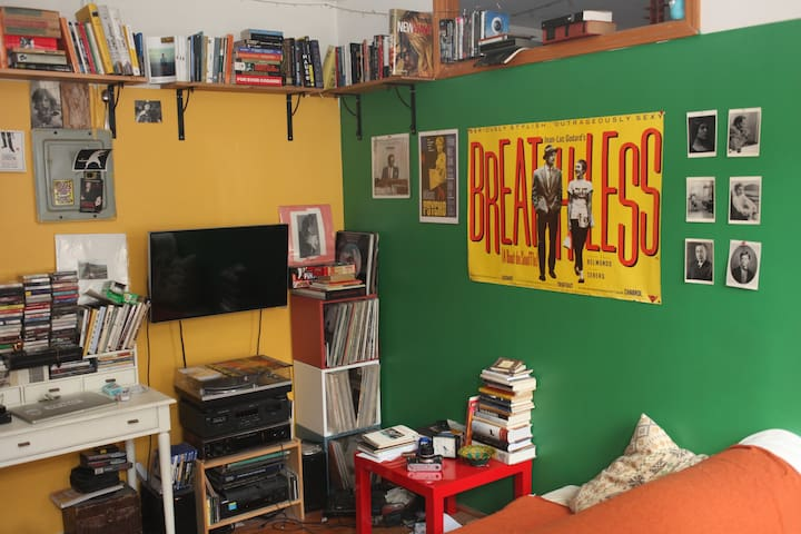 Cozy Bohemian Room in New York City