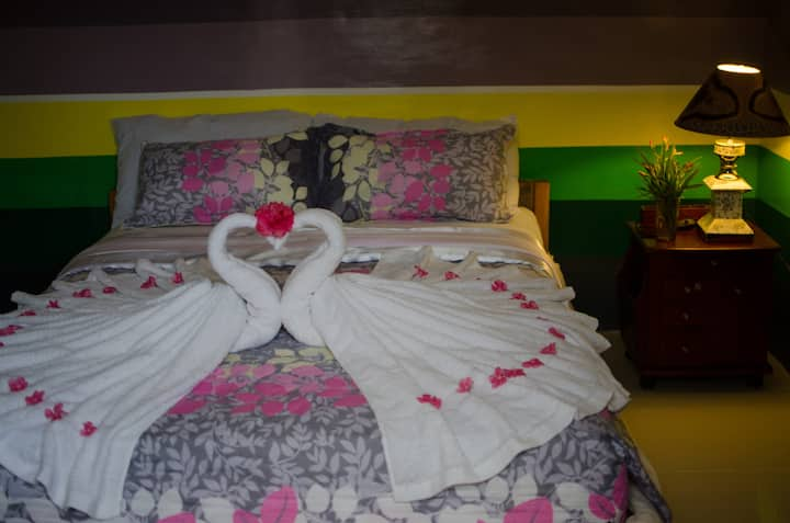 GT's Pensionne (Suite Room)