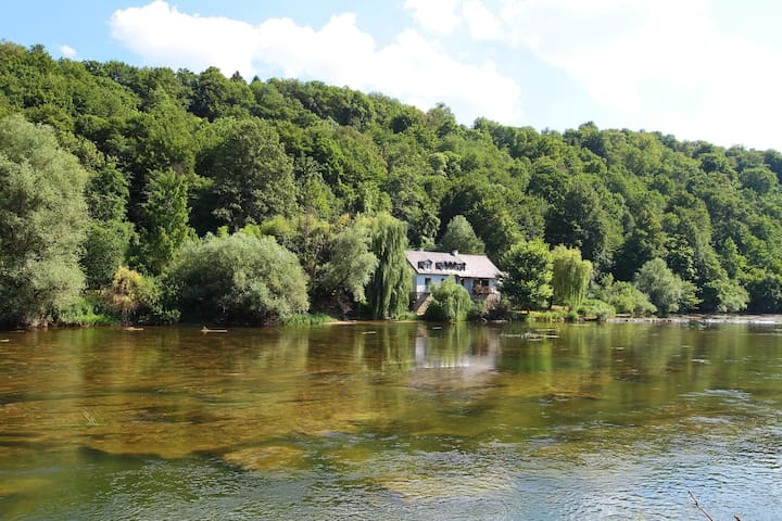 An artist's retreat - the Mill on river Krka