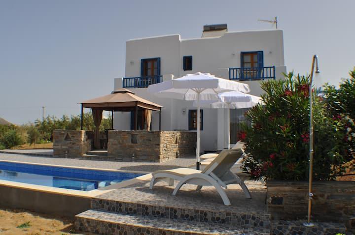 Ariadne House - Maragas Beach