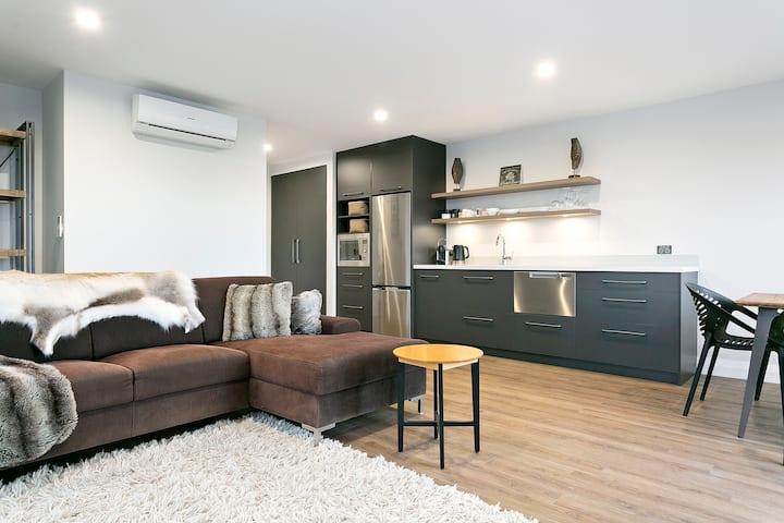 Fairwood Luxury Apartment