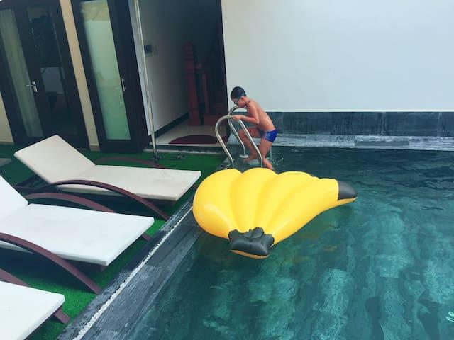 Horizon 2_breakfast  & swimming pool included