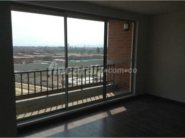 Modern 1BR by-airport, great view! - Bogotá - Pis