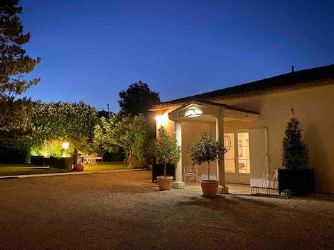 """""""Villa de Flore"""", maison indépendante tout confort"""
