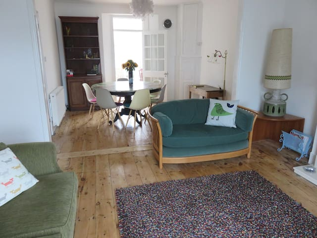 ArtHouse Falmouth - a bright and lovely space - Falmouth - Leilighet