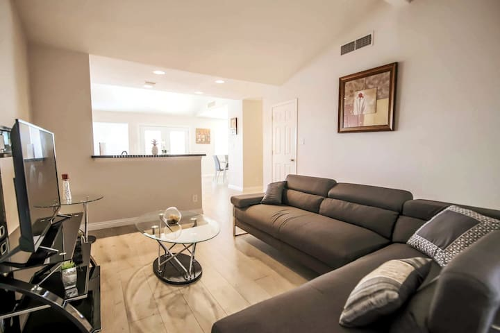 MODERN COZY HOME | Enjoy Vegas | Monthly Rental