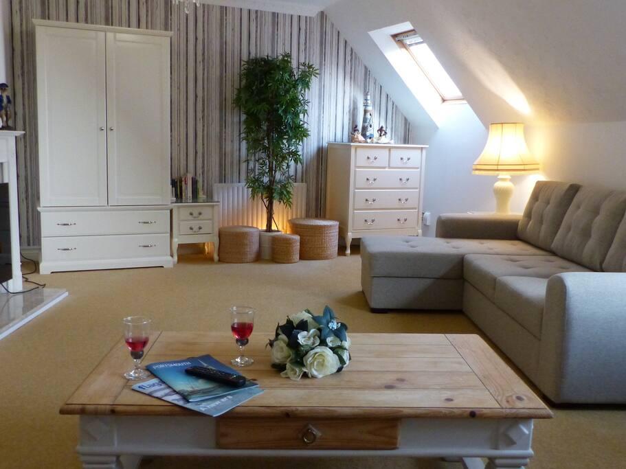 apartment eigenes badezimmer condos zur miete in portsmouth hampshire vereinigtes k nigreich. Black Bedroom Furniture Sets. Home Design Ideas