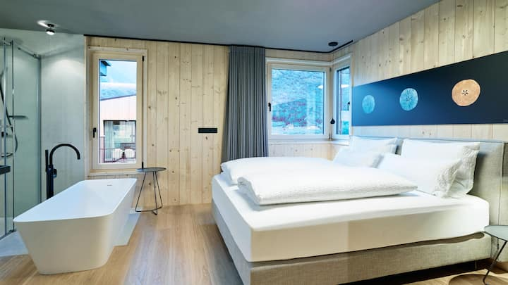 Gala Lodge Terrace - Cirna Gentle Luxury Lodges