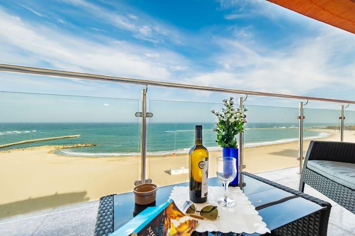 Sugar Sands sea view apartment