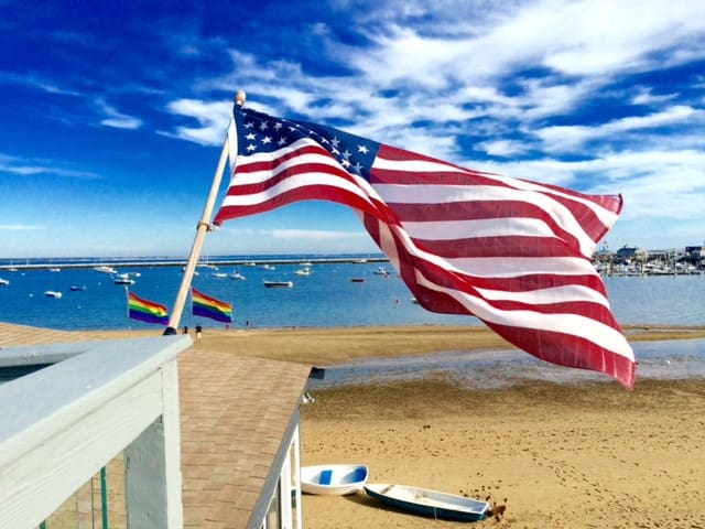 1 Bedroom in the Heart of Ptown / On the Beach! - Provincetown - Condo